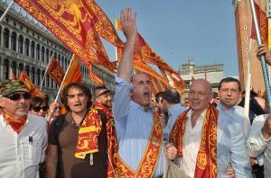 Secessionisti: anime venetiste invadono piazza San Marco